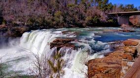 Cachoeira poderosa Raging foto de stock