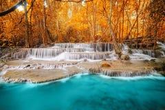 Cachoeira profunda da floresta em Kanchanaburi Imagens de Stock Royalty Free