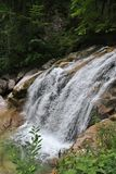 Cachoeira sobre a rocha Foto de Stock