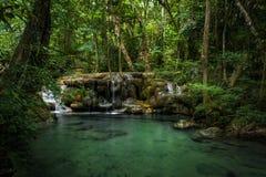 Cachoeira tropical em Tailândia Fotos de Stock