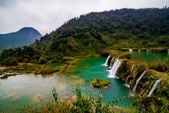 Cachoeira yunnan de Jiulong, porcelana imagem de stock