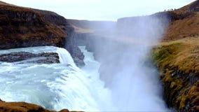 Cachoeiras de Gullfoss em Islândia filme