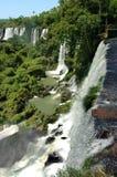 Cachoeiras de Iguazu em Argentina e em Brasil, Ámérica do Sul Foto de Stock