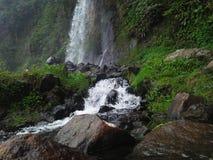 Cachoeiras e o rio fotografia de stock royalty free