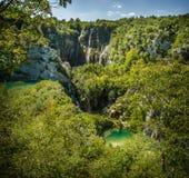 Cachoeiras em lagos Plitvice do parque nacional Imagem de Stock
