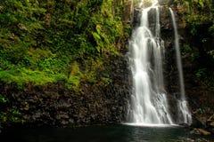 Cachoeiras médias de Tavoro no parque nacional da herança de Bouma, Taveun Fotos de Stock Royalty Free