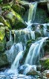 Cachoeiras na natureza verde Fotos de Stock Royalty Free