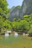 Cachoeiras perto do rio de Xiaofeng fotografia de stock