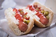 Cachorro quente americano clássico Fotos de Stock
