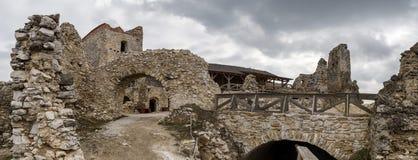 Cachtice slott, Slovakien Arkivfoton