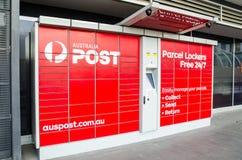 Cacifos do pacote do cargo de Austrália para recolher, emissão, retornando um pacote foto de stock