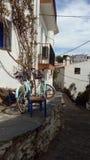 Cadaques, улица, велосипед, небо, голубое Стоковое Изображение RF