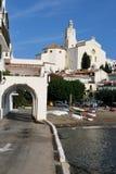Cadaques en la costa Brava en Cataluña Imagen de archivo libre de regalías