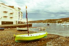 Cadaques, vila litoral do mar Mediterrâneo - Catalonia, Fotos de Stock Royalty Free
