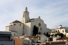cadaquescatalonia kyrka royaltyfria foton