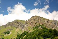 Caídas de la montaña Fotografía de archivo