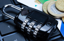 Cadeado da segurança do Internet, conexão segura Fotos de Stock Royalty Free