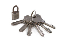 Cadeado e um grupo do chaves. Fotografia de Stock