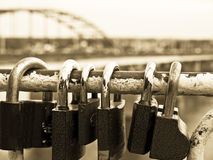 Cadeado em uma barra. Foto de Stock
