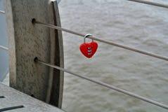 Cadeado Heart-shaped foto de stock