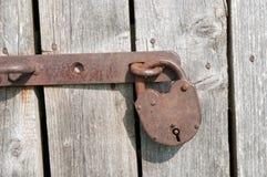 Cadeado oxidado velho Imagens de Stock Royalty Free