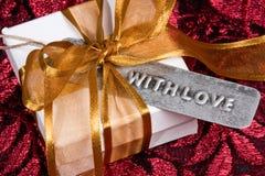 Cadeau avec amour Photos libres de droits
