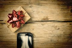 Cadeau d'ordre et de livraison sur l'interne, Noël, nouvelle année, anniversaire photographie stock
