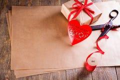 Cadeau de jour de valentines Image libre de droits