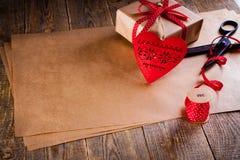 Cadeau de jour de valentines Images stock