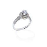 Cadeau de mariage de boucle de diamant Photographie stock libre de droits