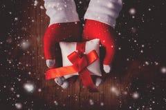 Cadeau de réveillon de Noël Photos stock