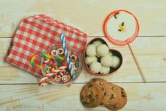 Cadeau de Valentine avec des bonbons Photo stock