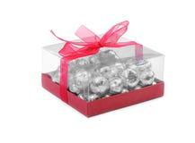 Cadeau des chocolats dans le clinquant Images stock