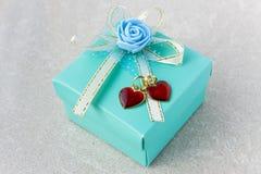 Cadeau du jour de Valentine Photographie stock libre de droits