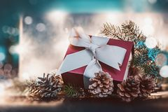 Cadeau et décorations de Noël photo stock