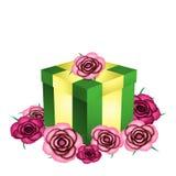 Cadeau et roses Photographie stock libre de droits