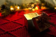 Cadeau magique de Noël Image stock