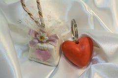 Cadeau mignon pour le jour du ` s de Valentine Photos libres de droits