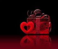 Cadeau pour le jour de valentine Photographie stock libre de droits