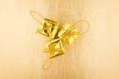 Cadeau trois d'or Images stock