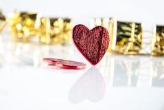 Cadeaux d'annonce de coeurs Image stock