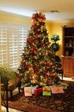 Cadeaux d'arbre de Noël Photo stock