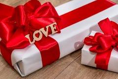 Cadeaux de Joyeux Noël ou de bonne année Photos stock