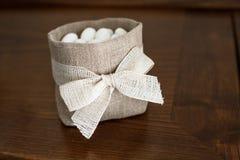 Cadeaux de mariage pour l'invité photo stock