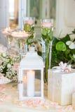 Cadeaux de mariage pour l'invité photos stock