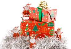 Cadeaux de Noël, composition de présents Photographie stock libre de droits