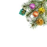 Cadeaux de Noël et décoration sur le fond blanc Images stock