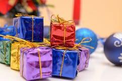 Cadeaux de Noël et d'an neuf Image stock