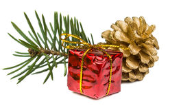 Cadeaux de Noël et jouets d'isolement sur le fond blanc Photos stock