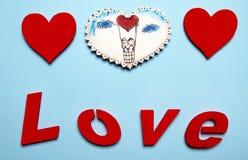 Cadeaux de Valentine Coeurs de pain d'épice avec Images libres de droits